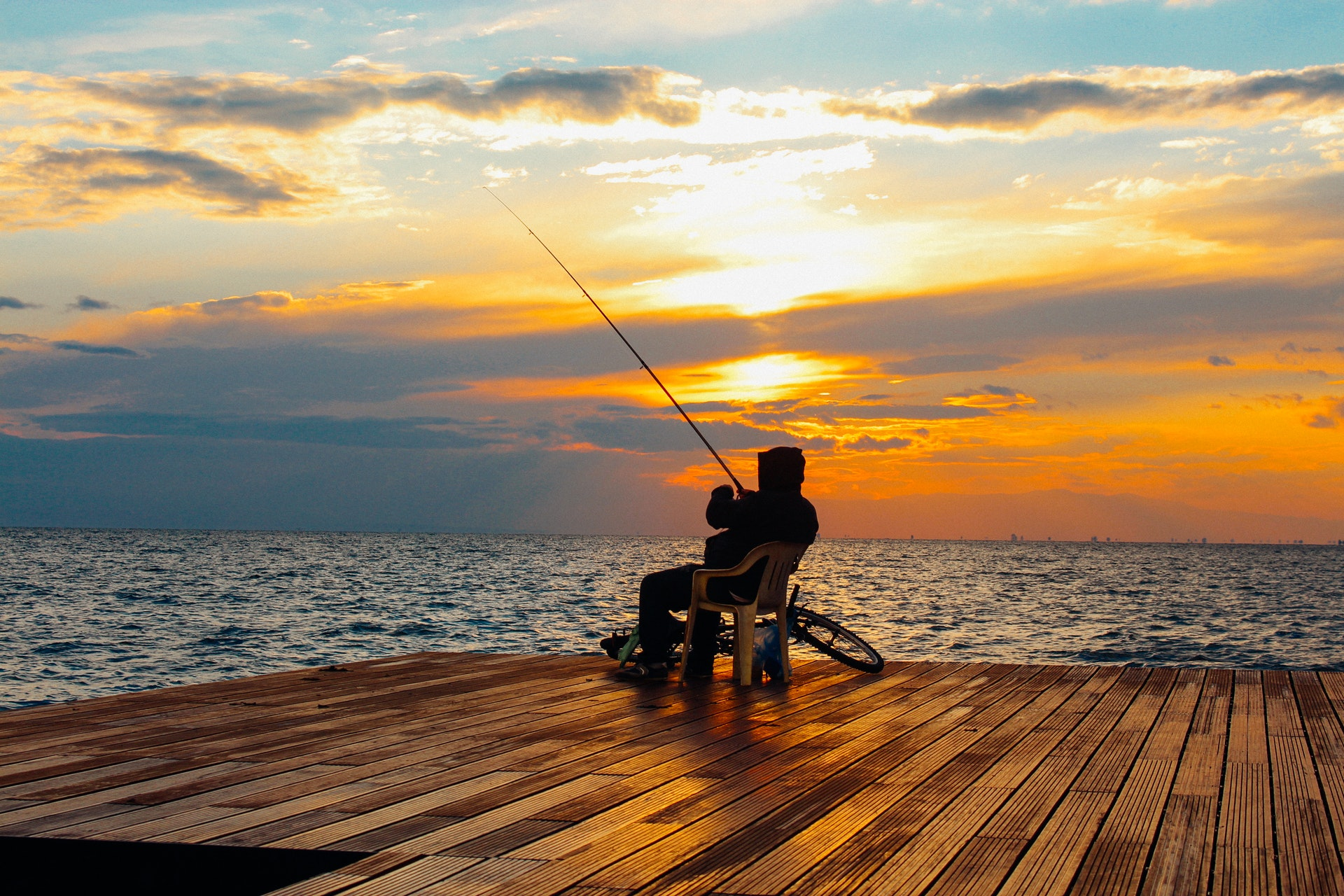 How To Look For And Hire The Best Suppliers Of Fishing Rods?
